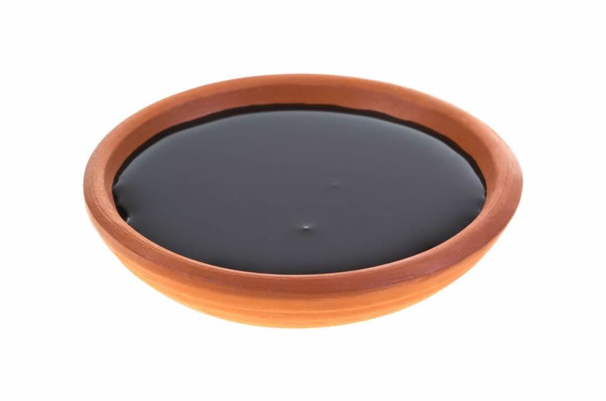Blackstrap Molasses for Menstrual Issues
