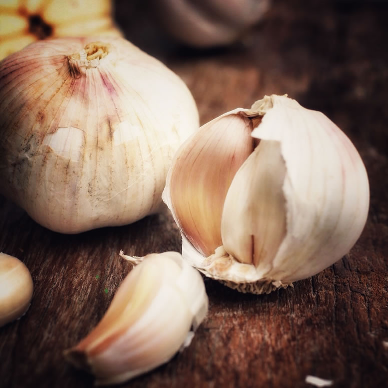 Garlic Steam for Sinus Congestion